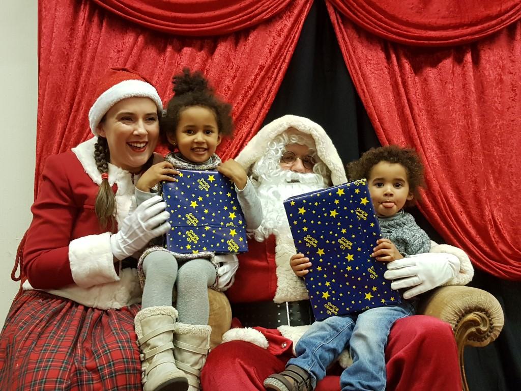 Joyeux Noël ZARIA & THEO...